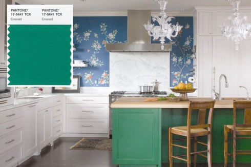 Pantone says emerald green evokes a sense of balance and harmony. Image: Andrea Monath Schumacher, A.S.I.D. Allied, O Interior Design/Emily Minton Redfield, photo